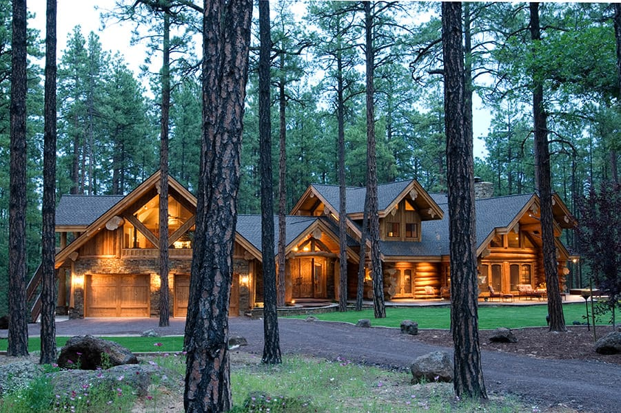 Log home exterior view